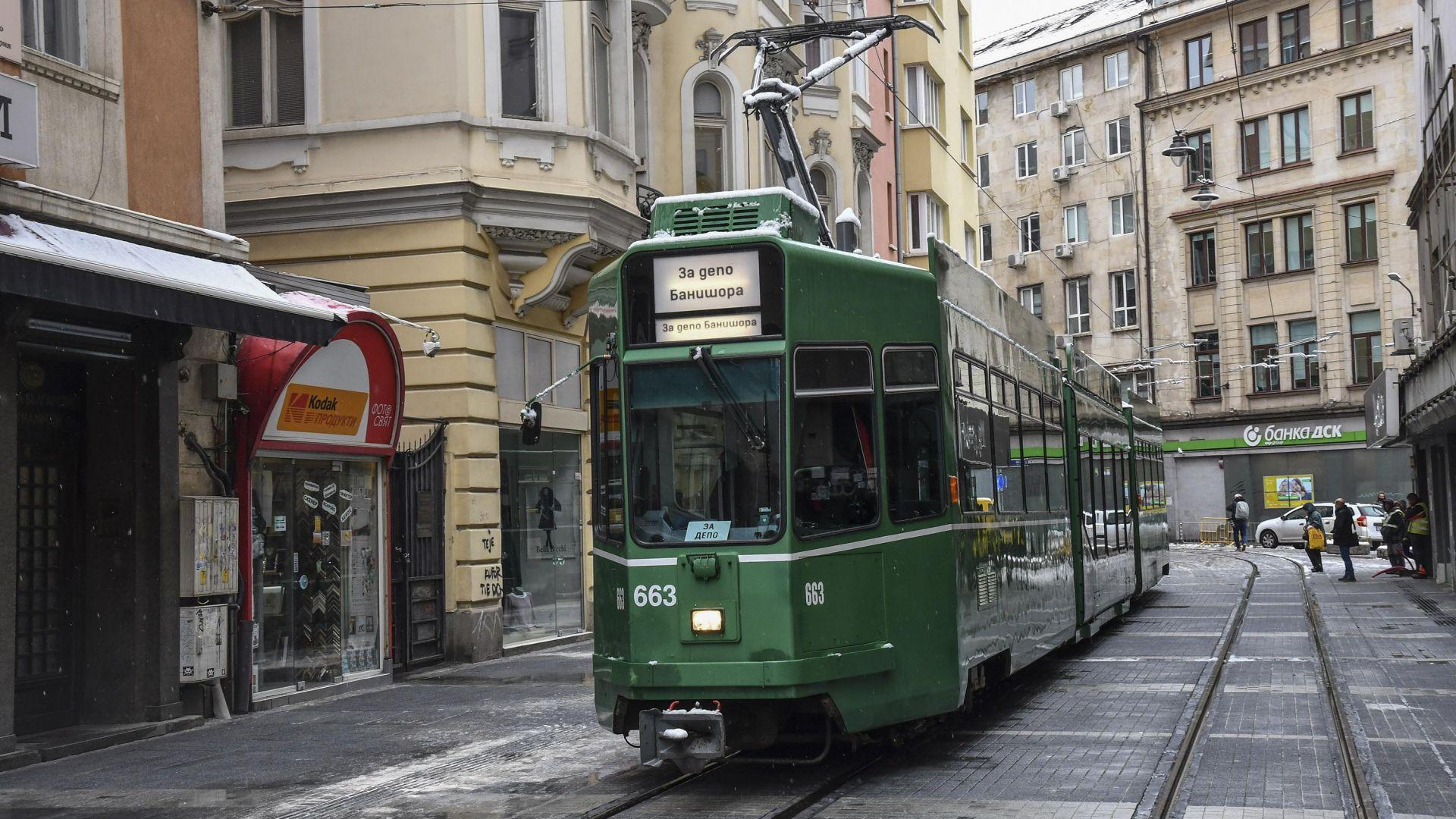 "Пуснаха тестово трамваите по ""Графа"""