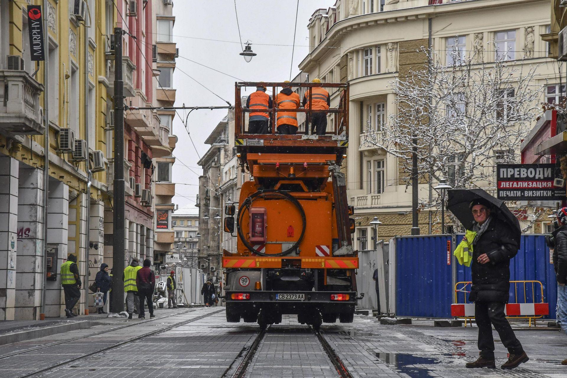 Тестът на трамвайното трасе започна