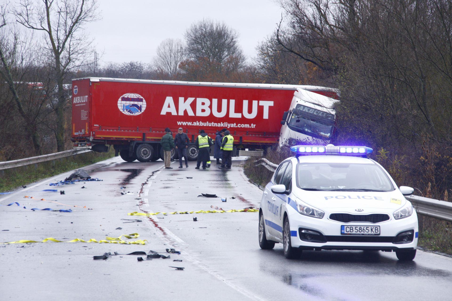 Камионът след катастрафота