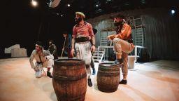 Пирати, скрити съкровища и тайнствени приключения в новия спектакъл в Театър Азарян