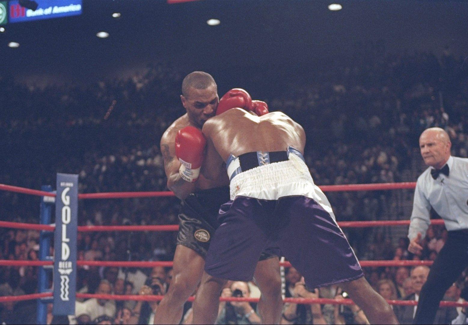 Ивендър Холифийлд победи Майк Тайсън (9 ноември 1996 г.)