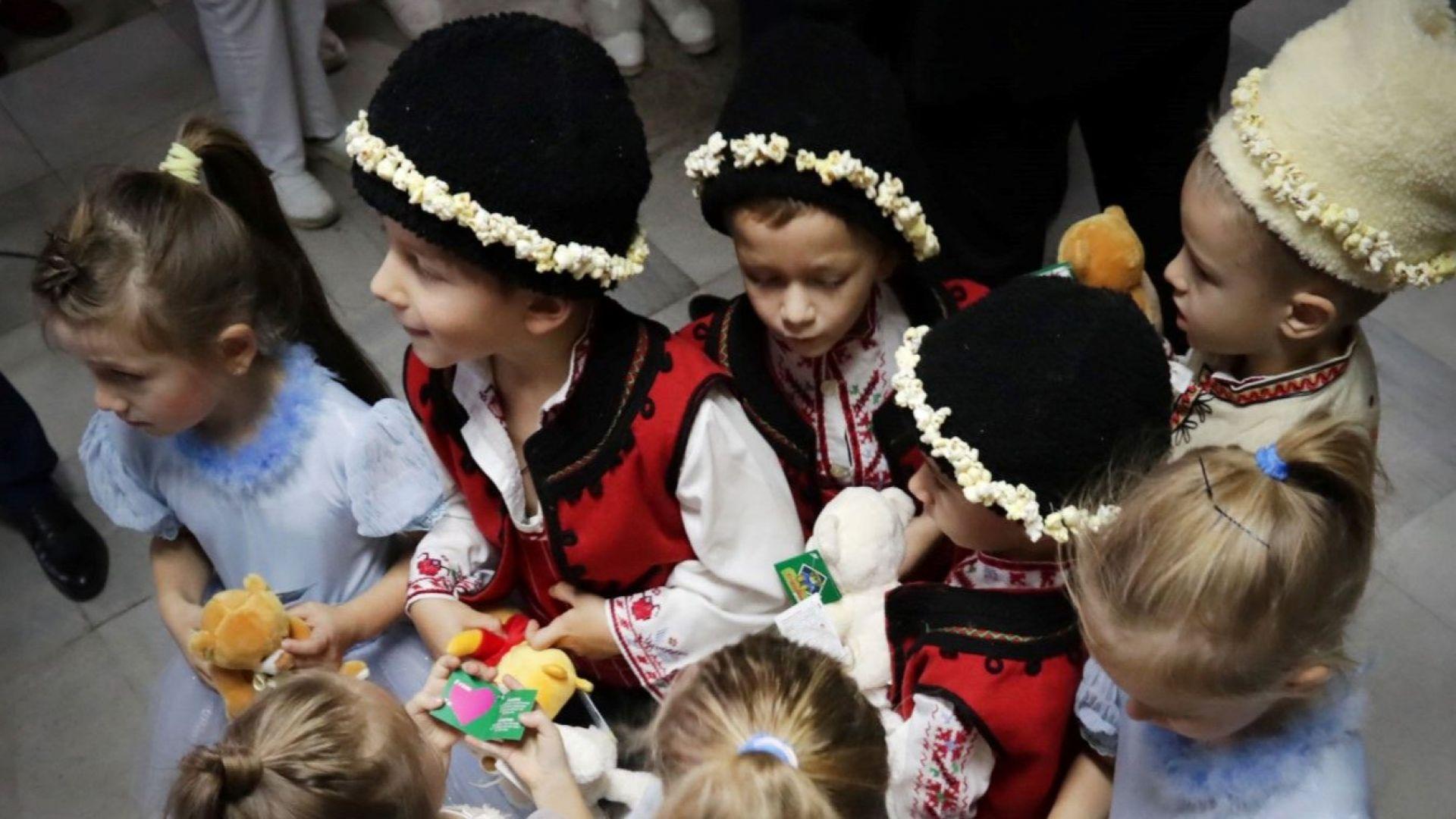 """""""Българската Коледа"""" подкрепя деца, за да успеят да се преборят с болестта в ранно детство"""