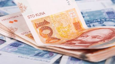 Хърватия вдигна минималната заплата на 404 евро