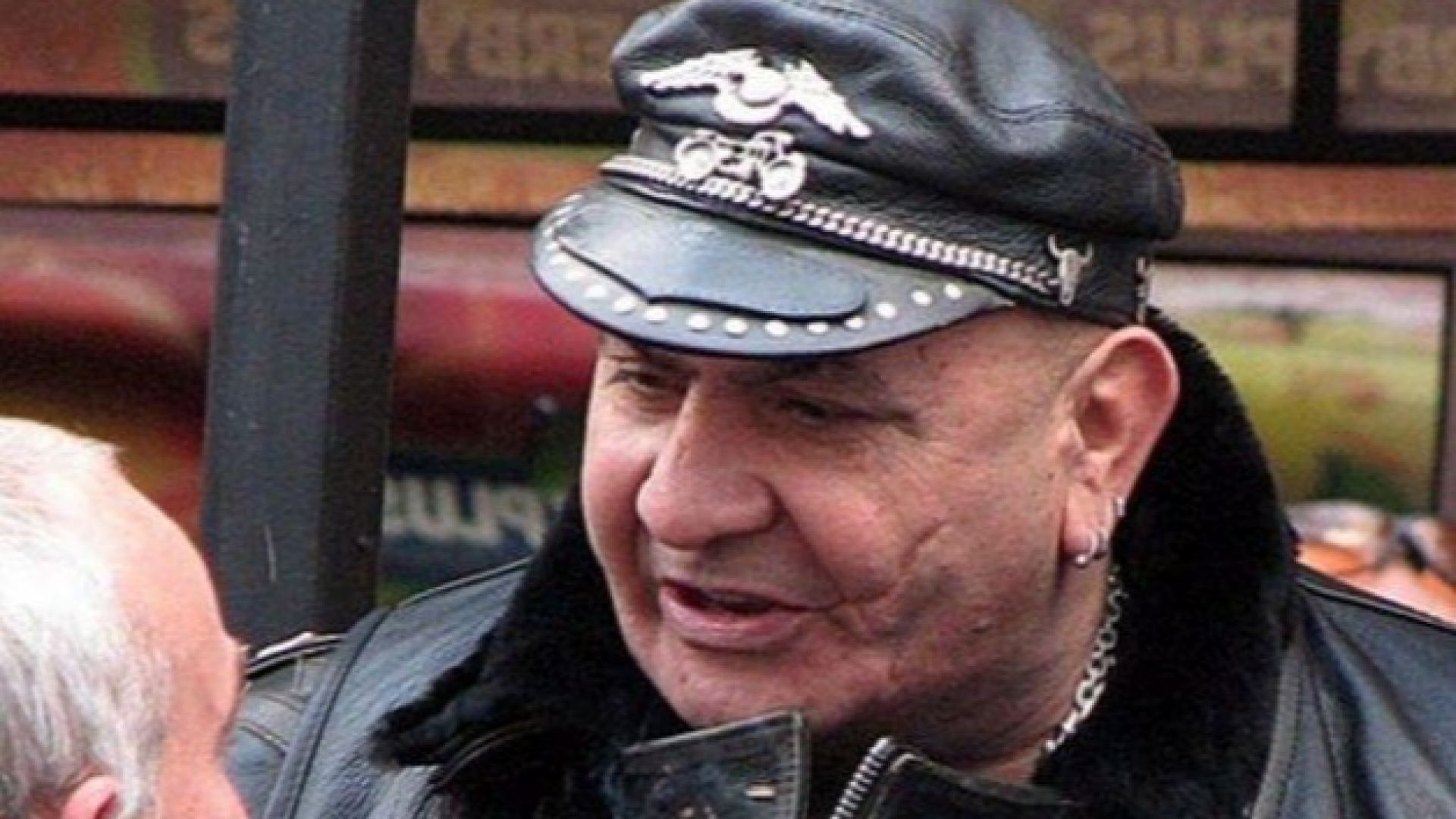 Почина един от най-известните пловдивски рокери Малено Гaлев