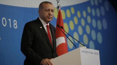 Ердоган: Турция има право да използва различни системи за ПВО