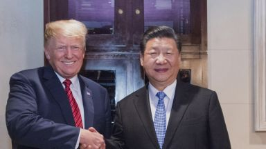 Тръмп: Аз убедих Си Цзинпин да не пуска армията срещу протестиращите в Хонконг