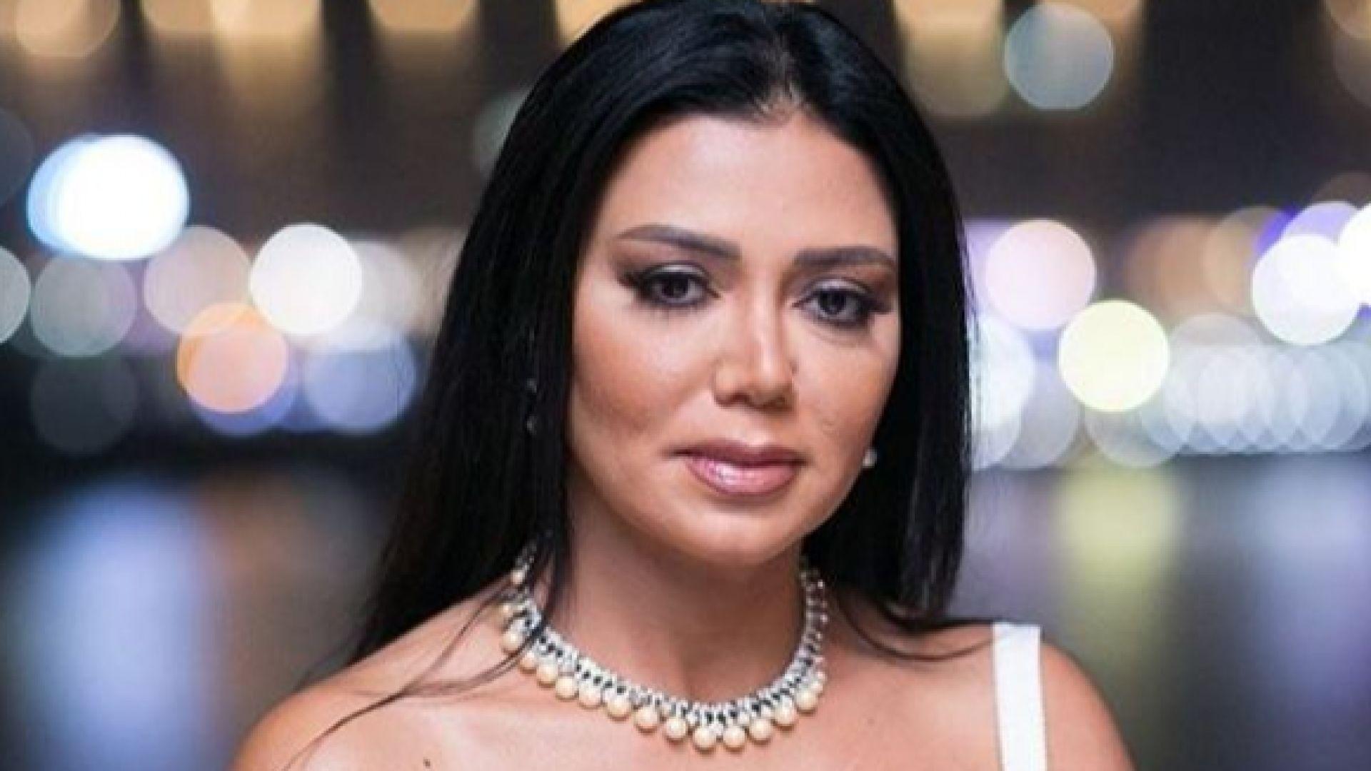 """5 години затвор грозят египетска актриса - """"подстрекавала към разврат"""""""