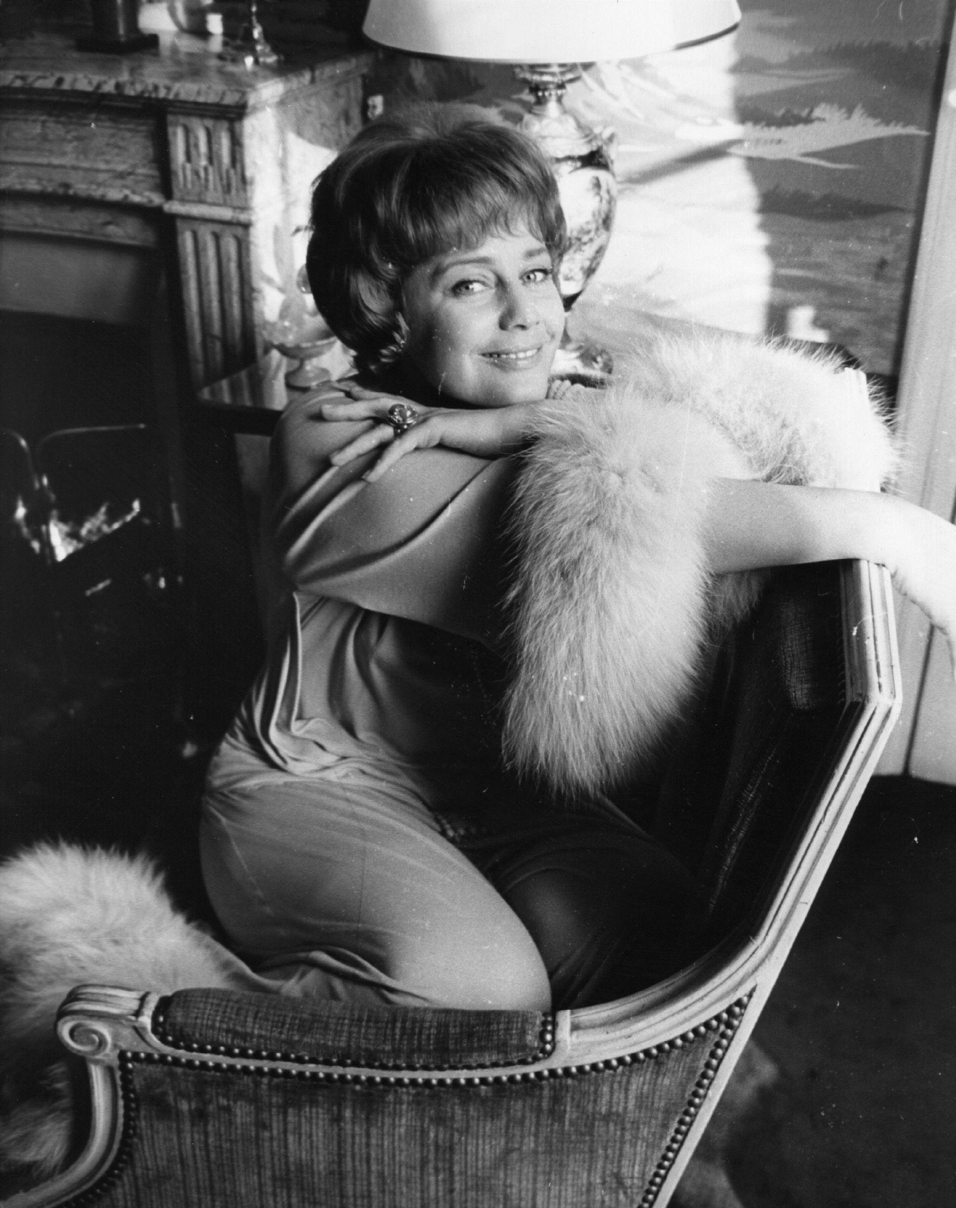 Снимка на актрисата Мария Шел в рокля на Шанел от 1964 г.