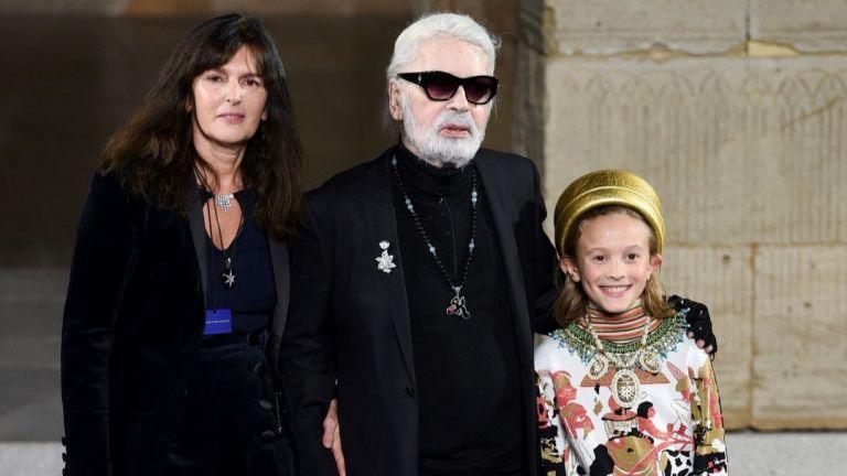 Chanel с фараонско дефиле в Ню Йорк пред погледите на Пенелопе, Марион и Джулиан