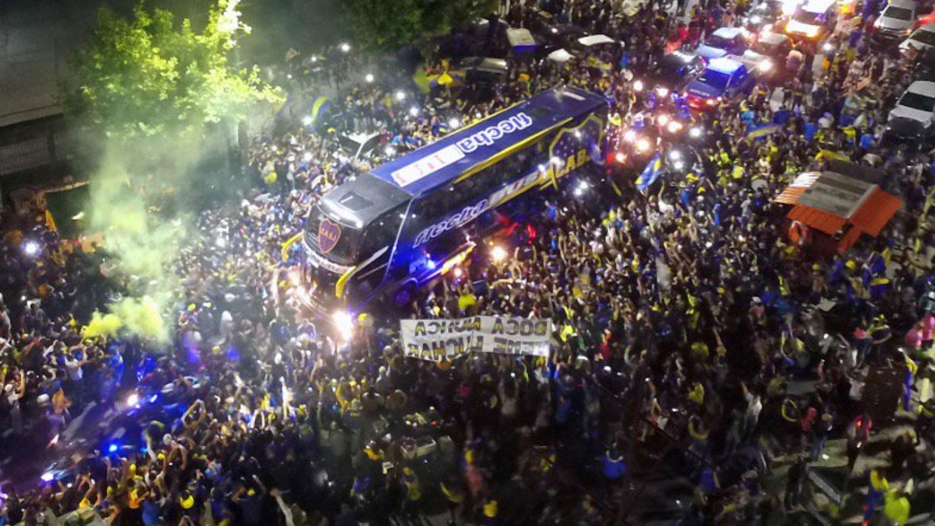 Стотици изпратиха Бока към Мадрид