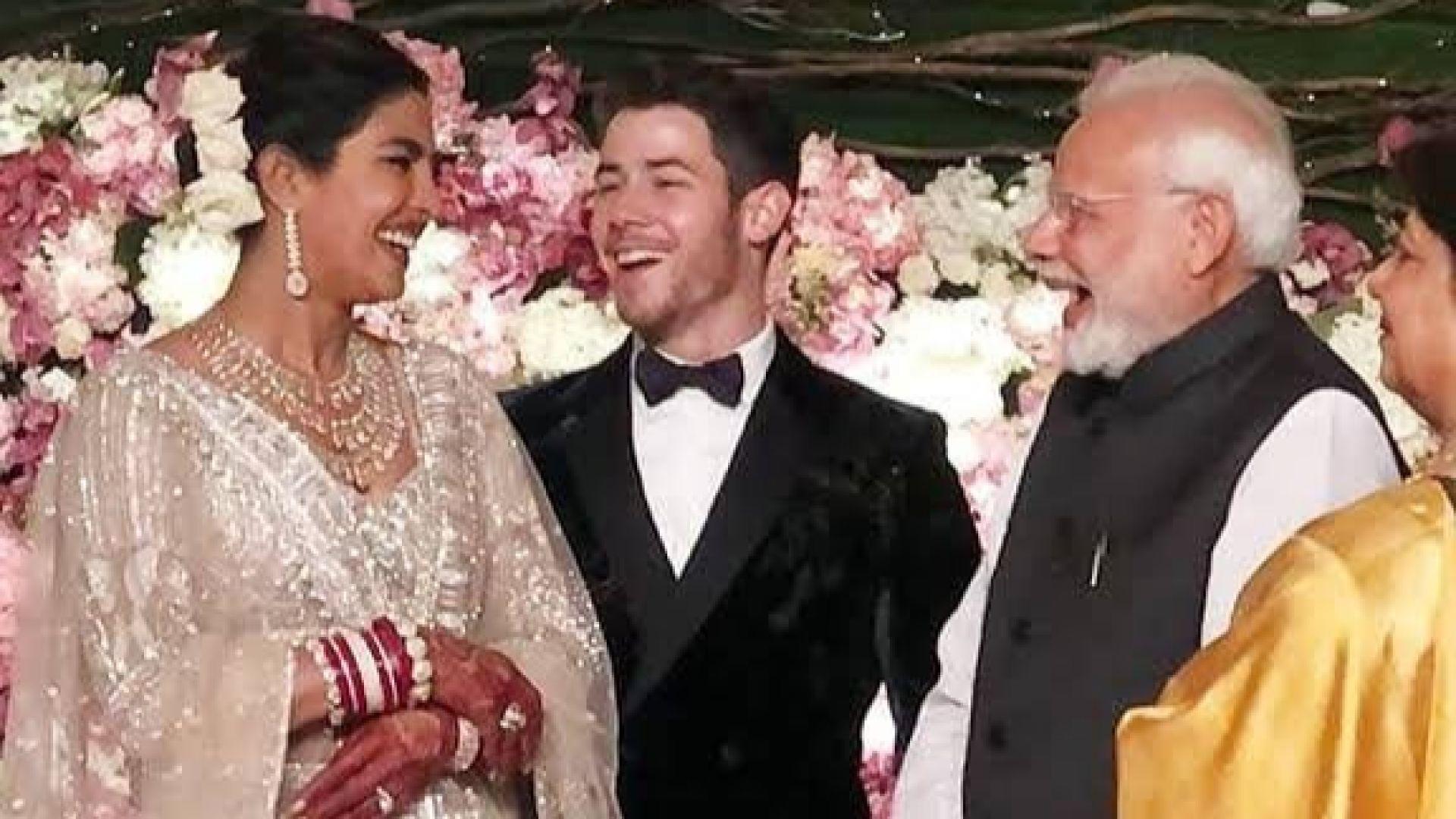 Приянка Чопра и Ник Джонас с пищен сватбен прием в Делхи