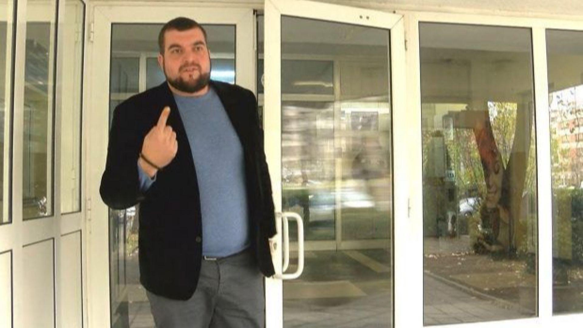 Сочен за организатор на протести катастрофира в Бургас
