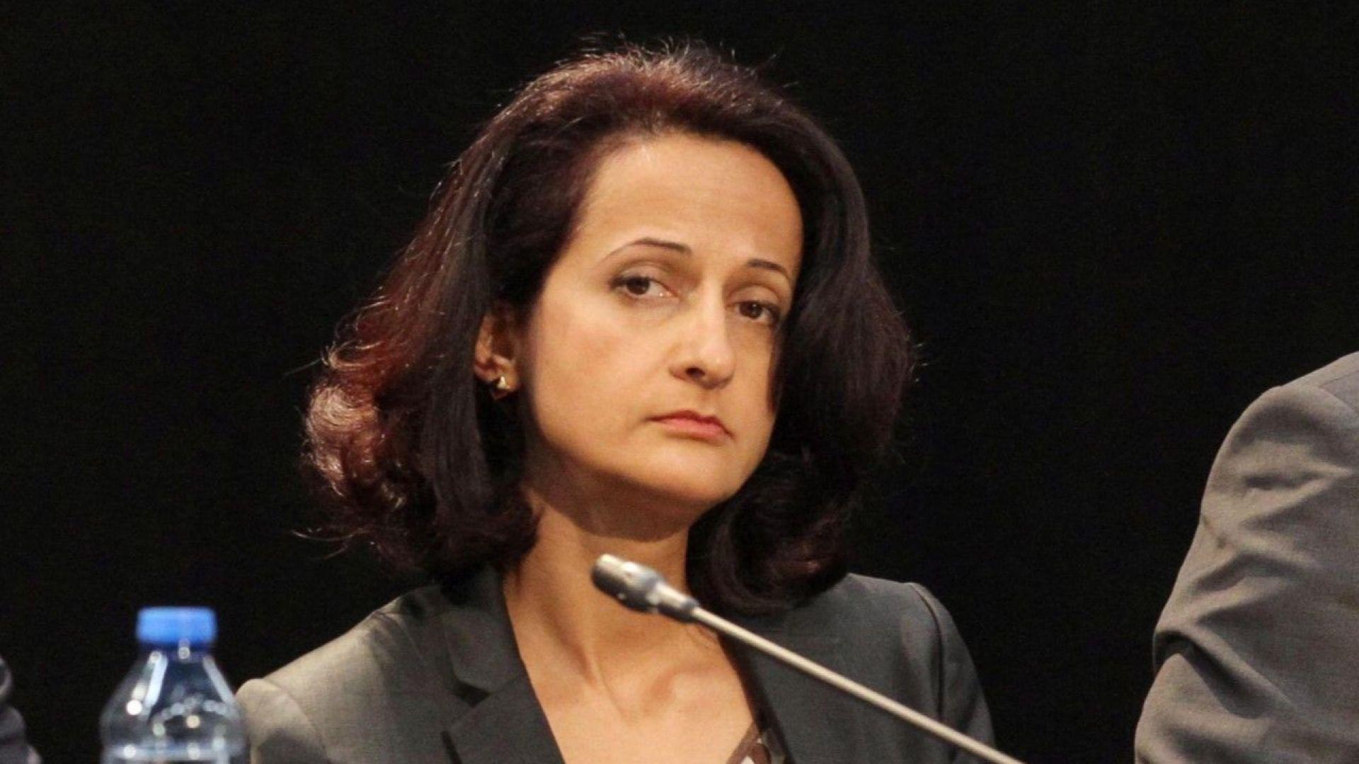 Парламентът освободи Карина Караиванова като шеф на КФН