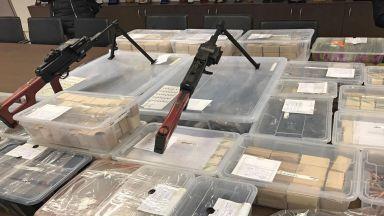 """Експерт: Възможно е българско оръжие да """"изтича"""" към терористи"""