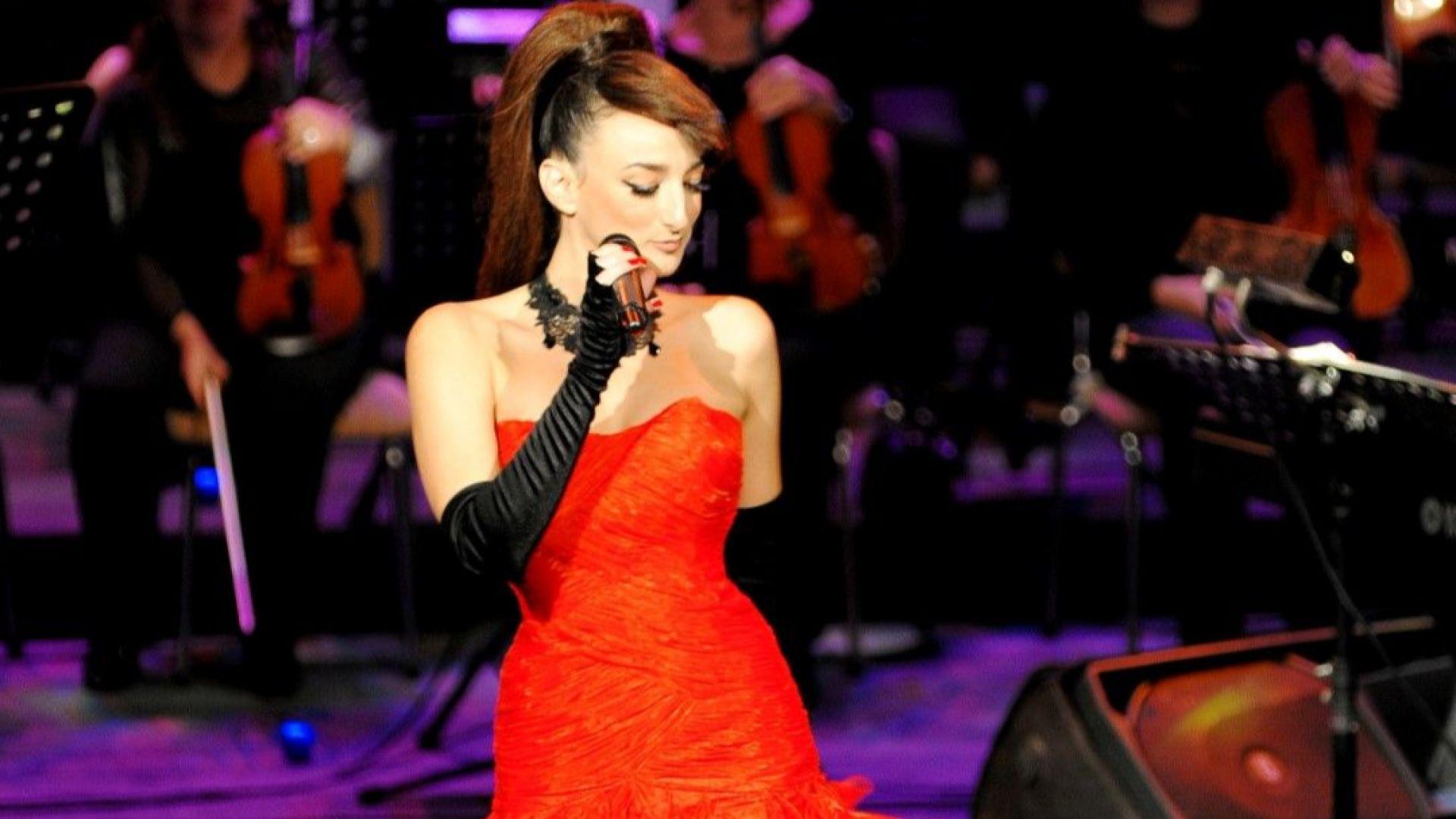 Деси Тенекеджиева се завръща от Лондон за коледен концерт