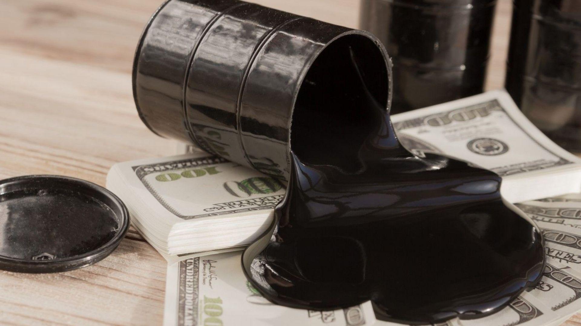 За първи път от 75 години САЩ изнасят повече петрол, отколкото внасят