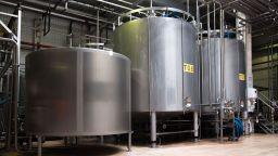 МВР, НАП, Агенцията по храните и МОСВ с акция срещу дистрибутори на млечни продукти
