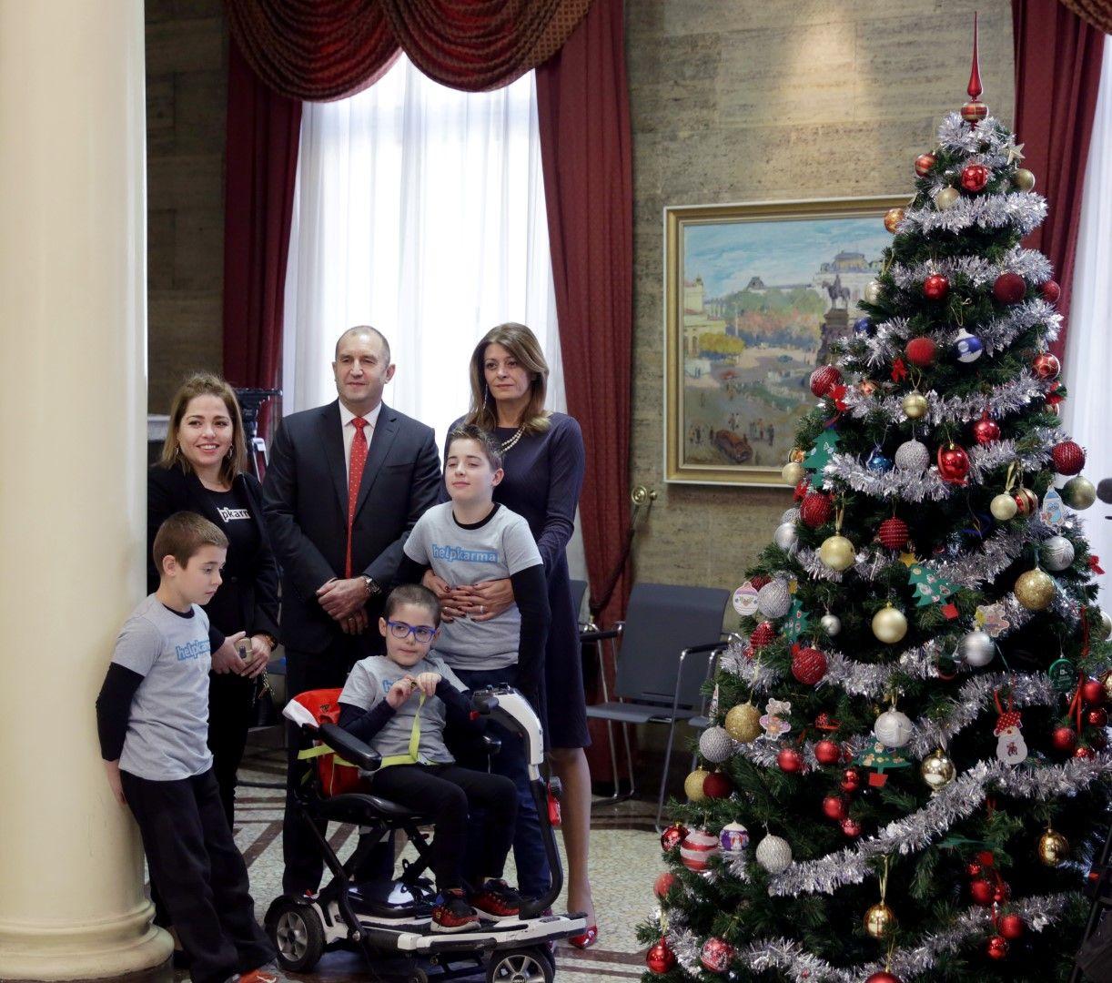 Тазгодишното издание на благотворителната инициатива на държавния глава е в подкрепа на децата с тежки увреждания