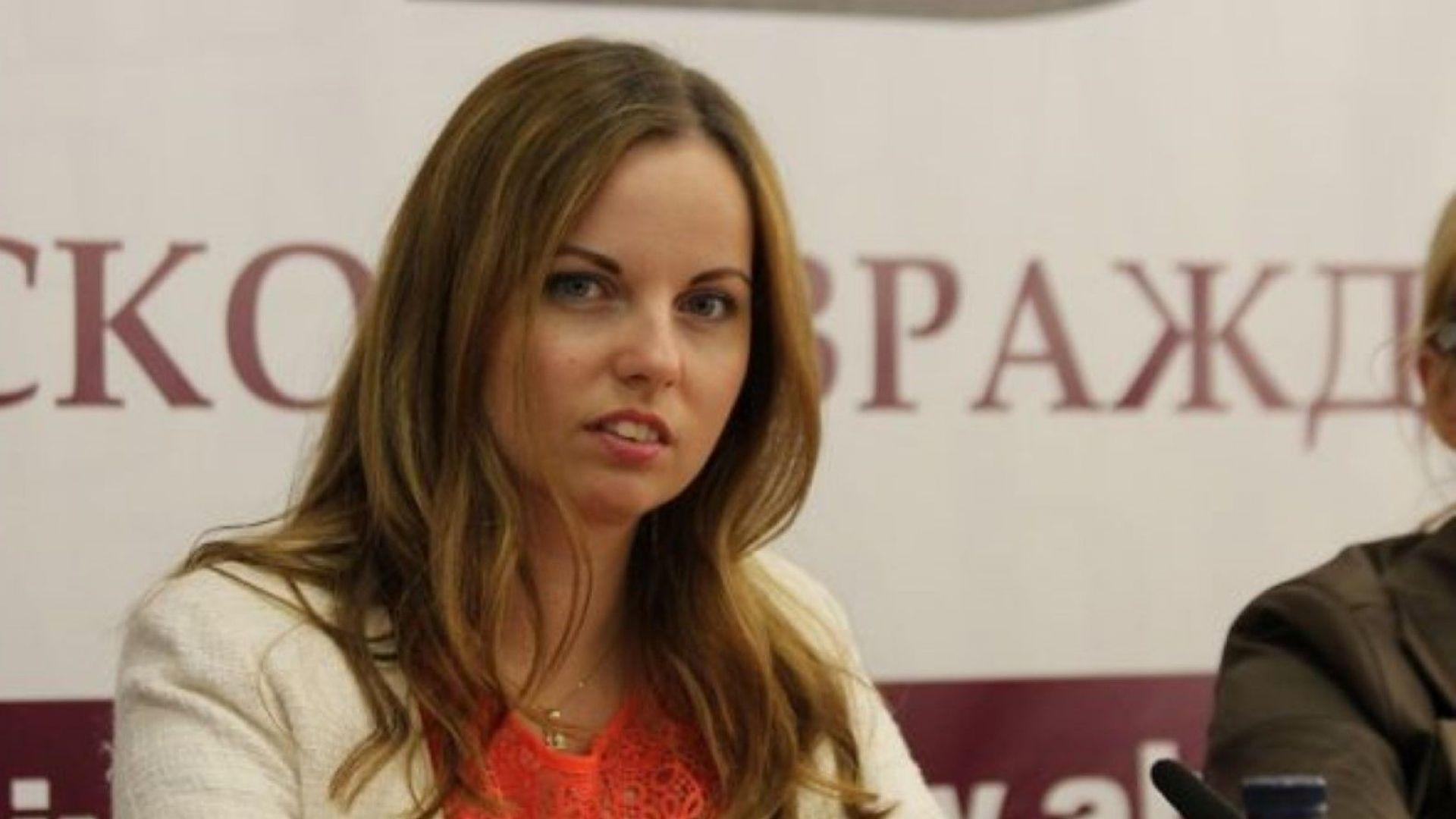 АБВ поиска оставката на Екатерина Захариева