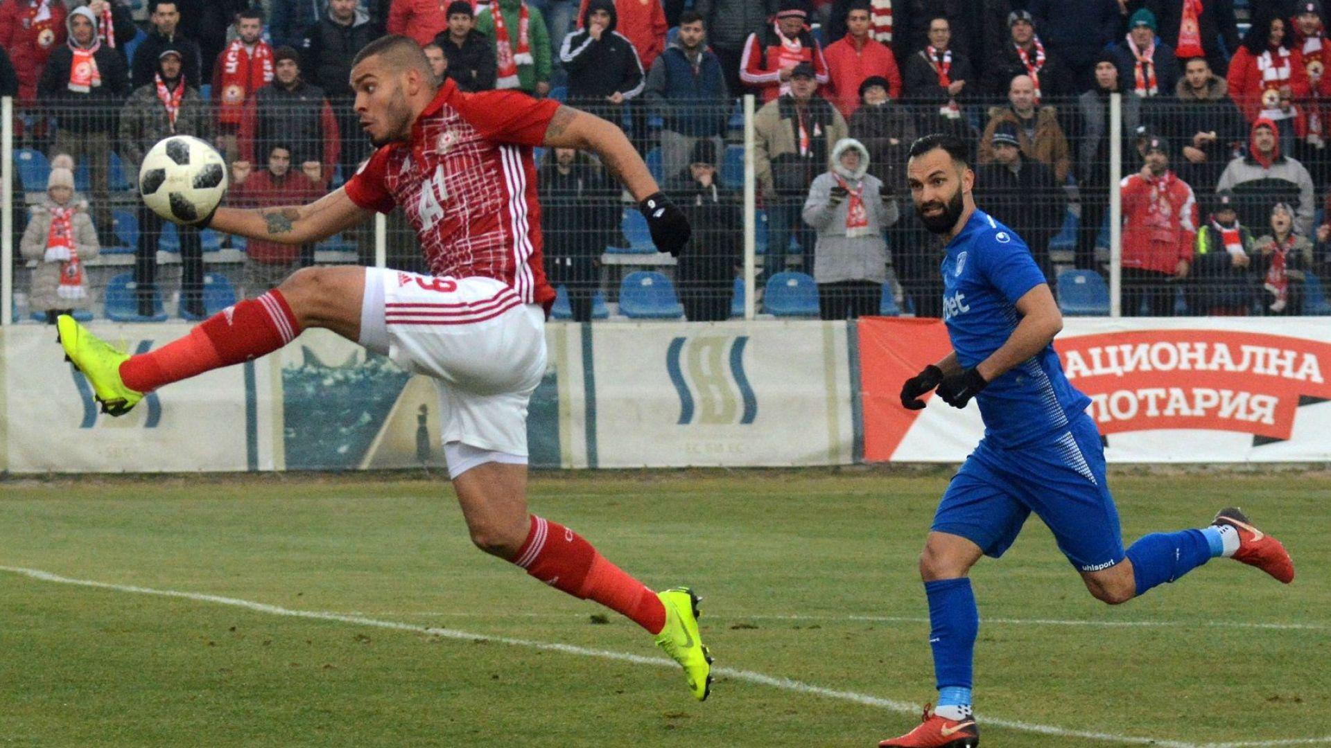Икономичен ЦСКА се върна на победния път