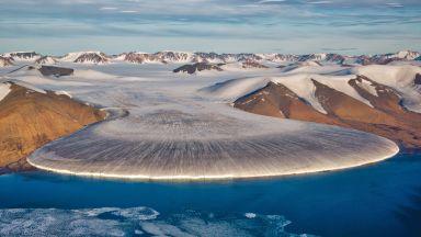 Гренландия губи лед с все по-ускорени темпове