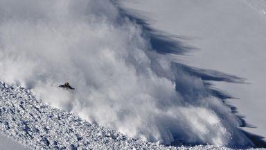 Търсят четирима скиори, пометени от лавина в Норвегия