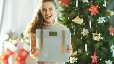 Как да запазим теглото си по празниците