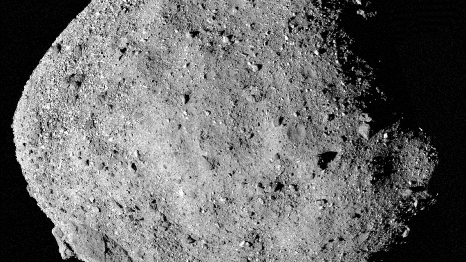 НАСА се приближи  рекордно близо до астероида Бену