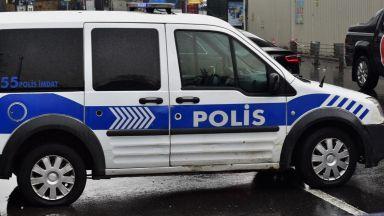 Арестуват на 249 служители на Външно министерство в Турция