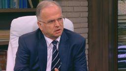 Боян Чуков: Николов иска да ревизира Преспанския договор?! Господи, смили се над България!