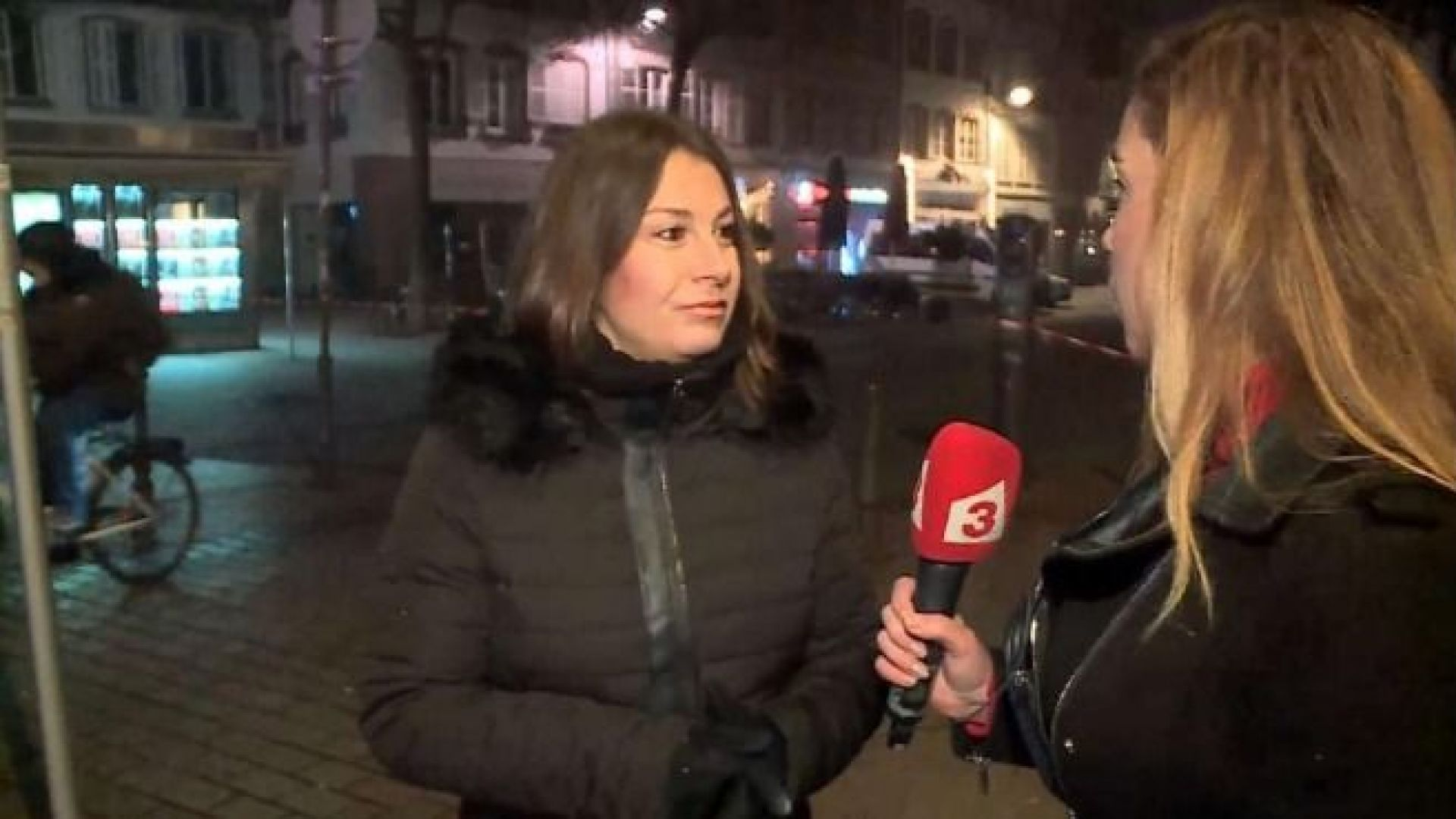 Група български журналисти са били в кафене, където е бил изтеглен един от убитите
