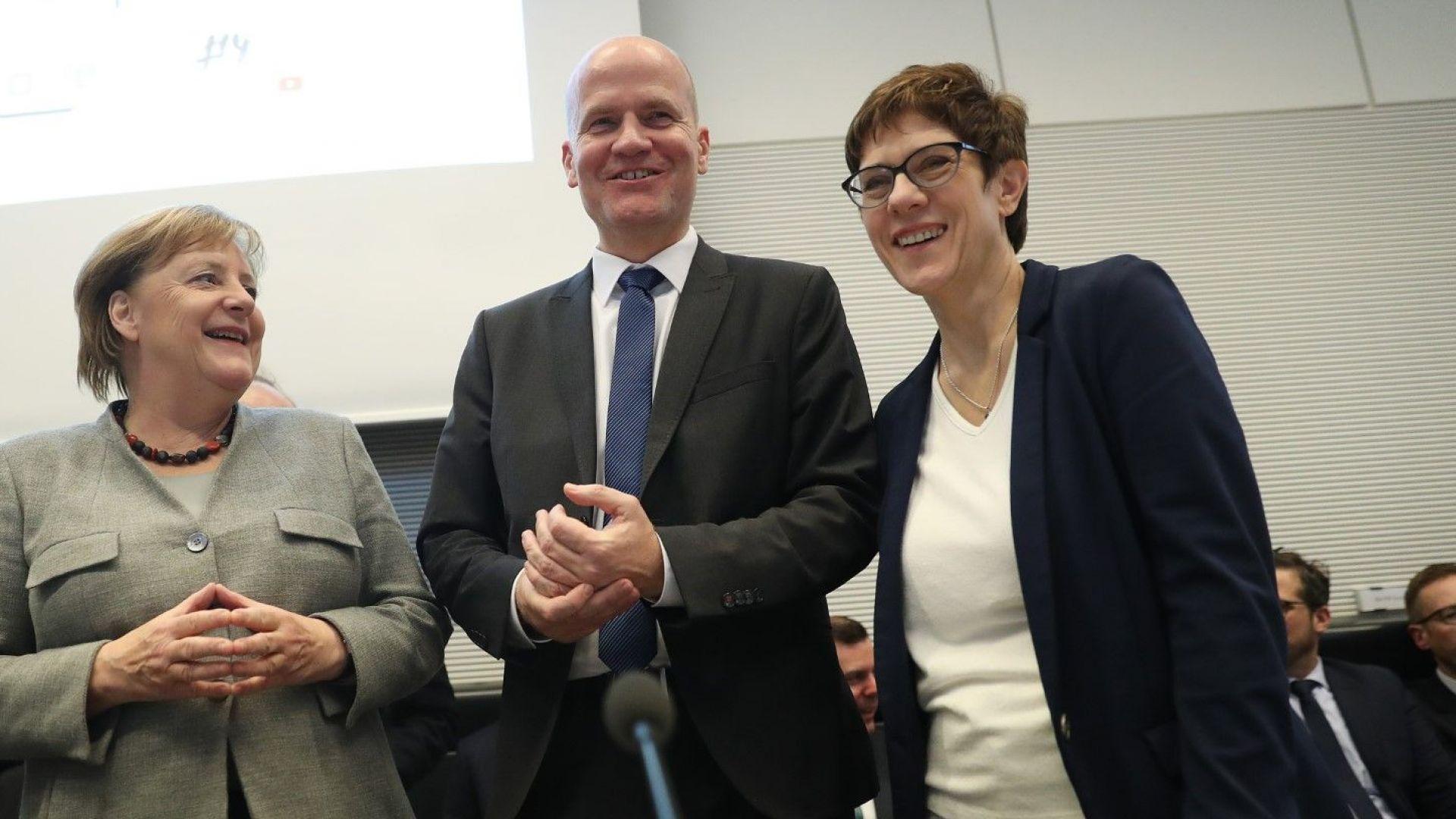 """""""Билд"""": Меркел може да бъде детронирана преждевременно"""