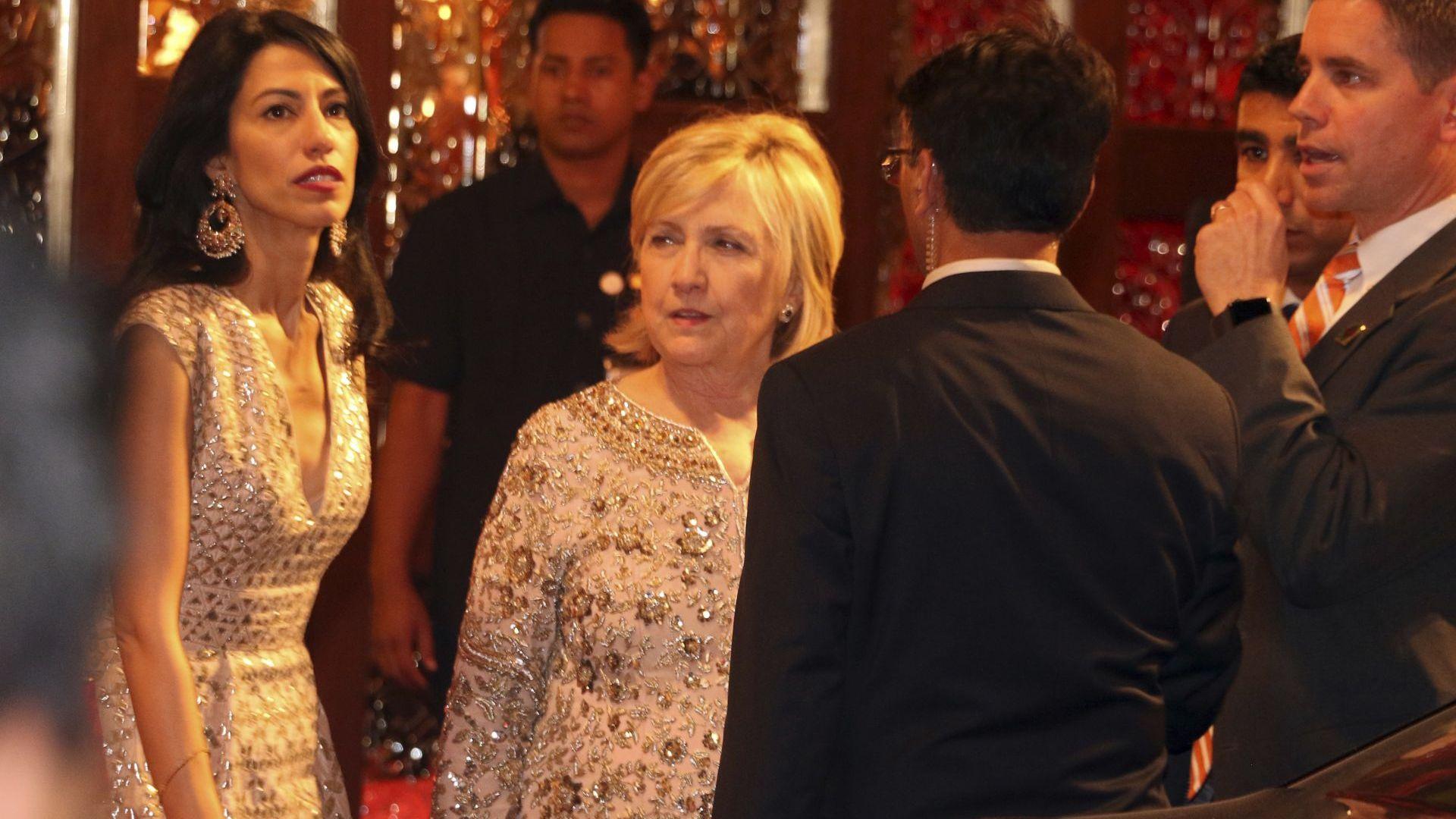 Хилари Клинтън в индийска одежда