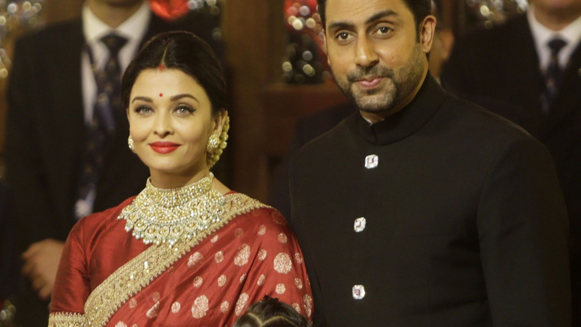 Милиардерска сватба в Мумбай събра Айшвария, Приянка и Хилари