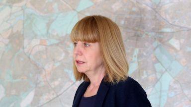 Фандъкова: Тече проверка за липсата на павета