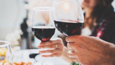 Въздържателите са изложени на по-висок риск от болести от умерените пиячи