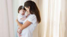 Как родените със секцио деца са различни