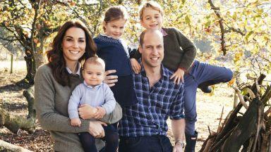 Британските кралски двойки показаха коледните си картички