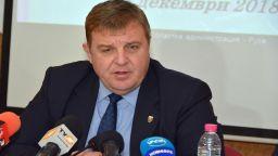 Красимир Каракачанов: Няма корупция в армията