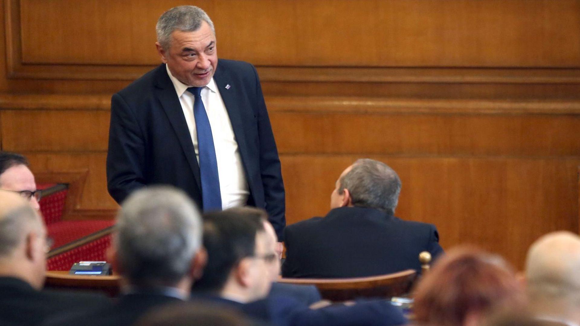 """Валери Симеонов: Русия застана между нас и """"Атака"""""""