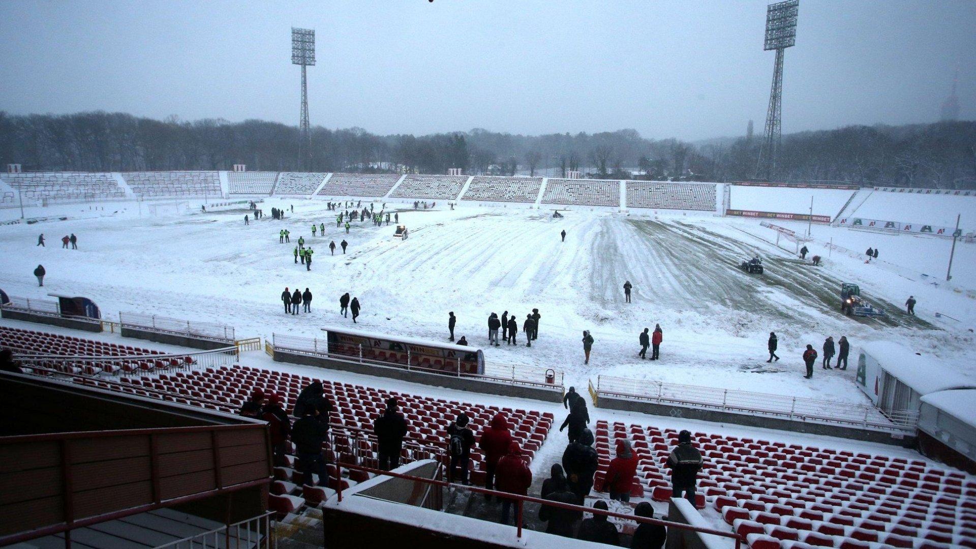 Мач между ЦСКА и Ботев ще има въпреки снега