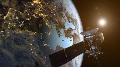 Шпионират ли се помежду си американските и руските сателити в космоса?