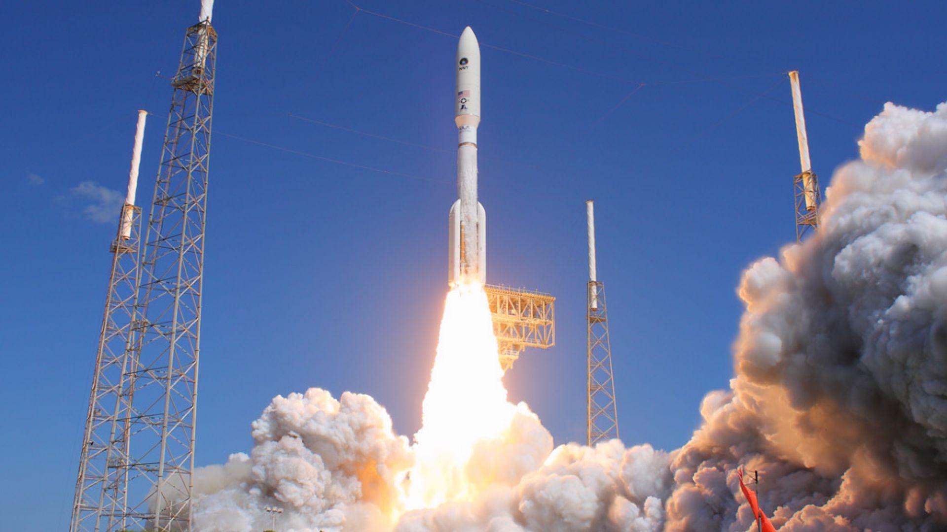 Boeing отложи първия полет на своя космически кораб