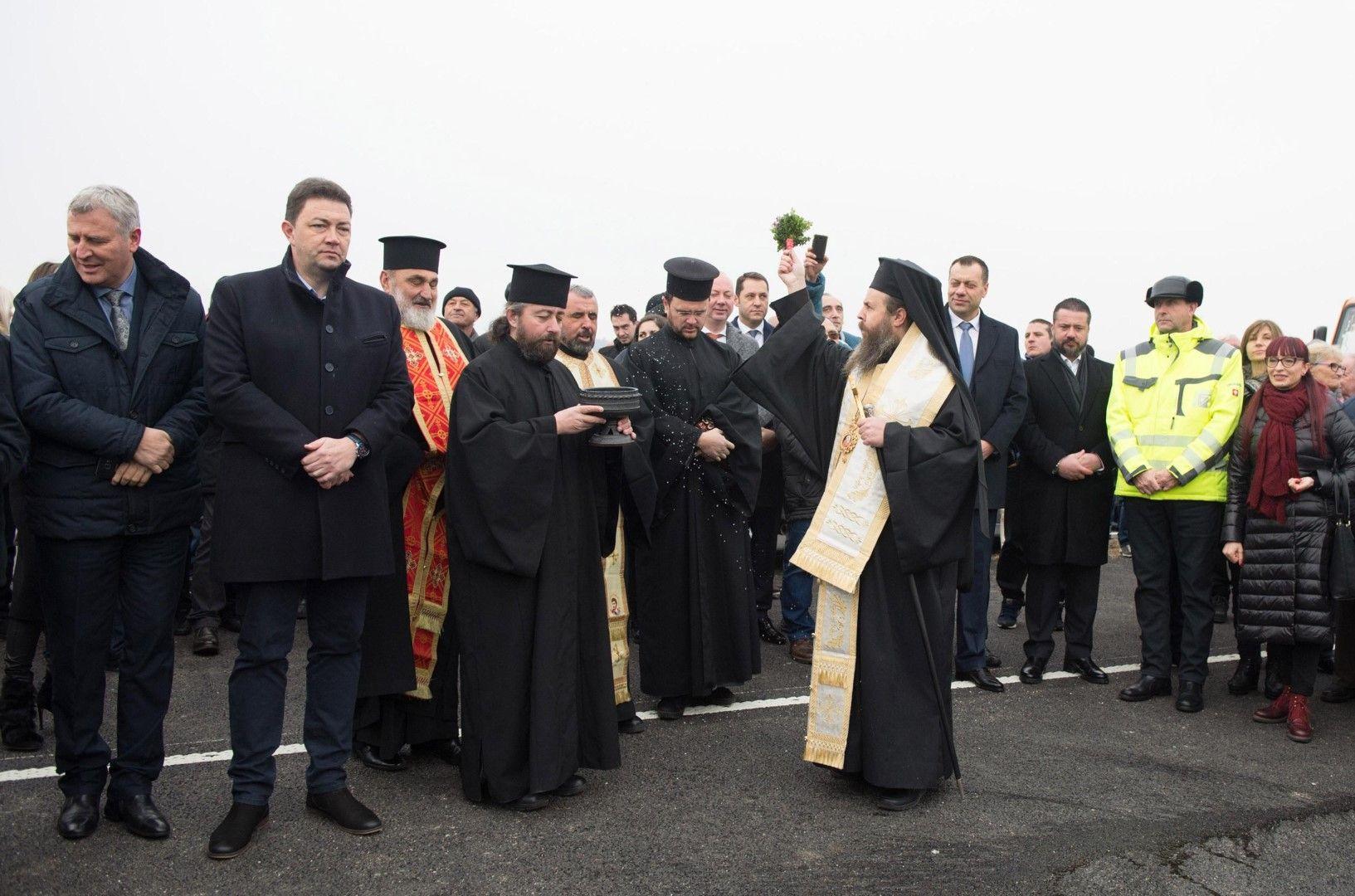 Министър Петя Аврамова открива новия участък