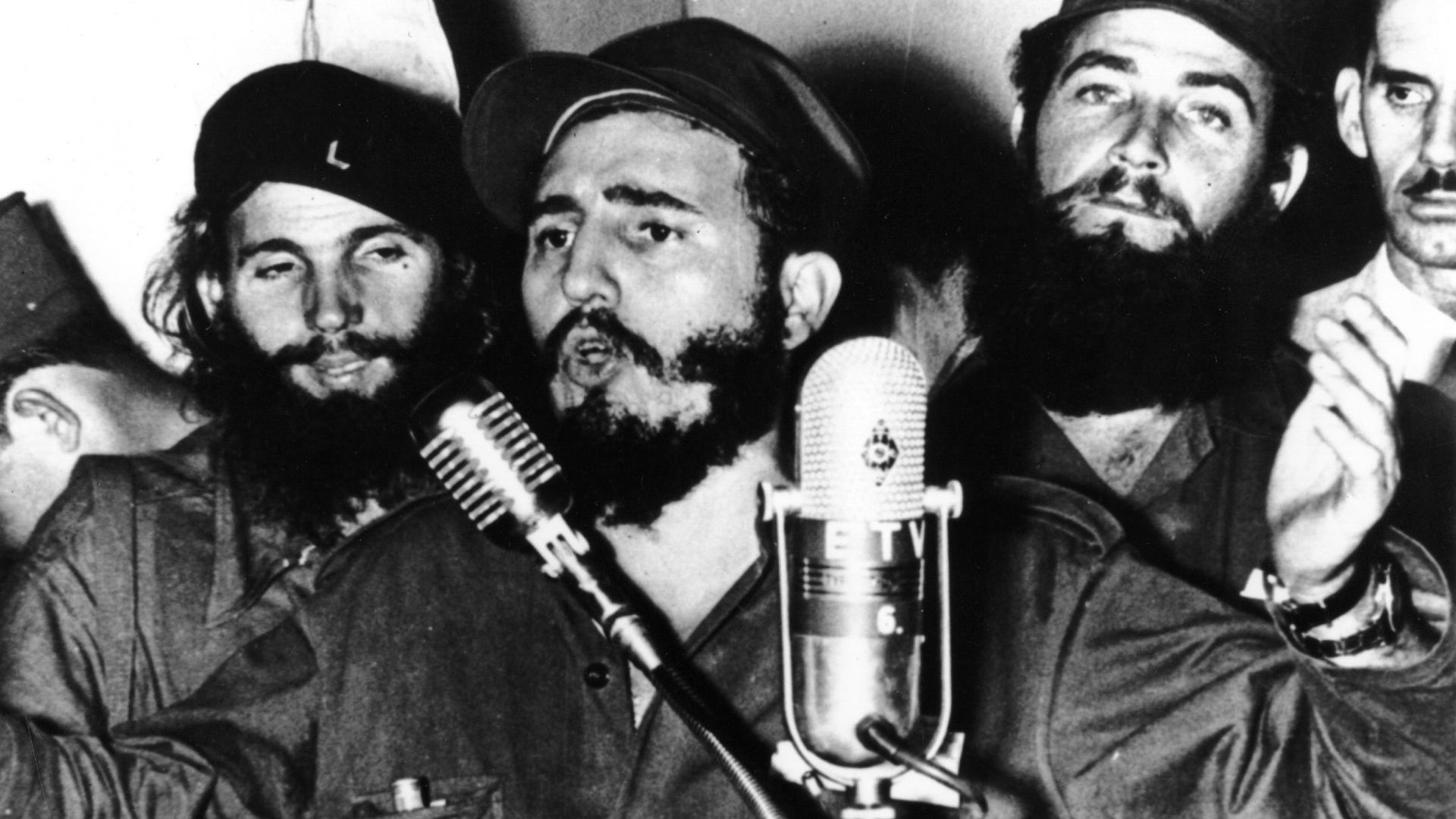Преди 60 г. Фидел Кастро взе властта в Куба (галерия)
