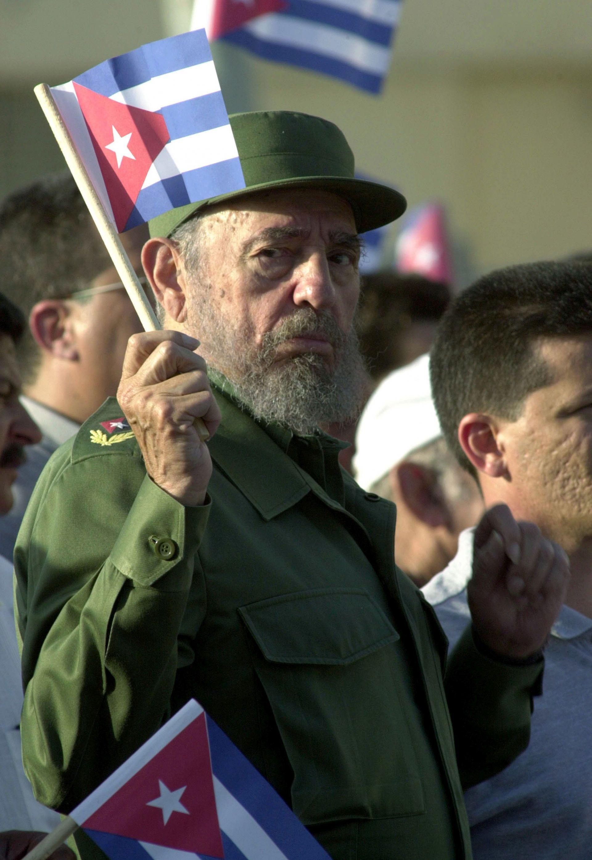 Фидел Кастро преди да предаде властта на брат си Раул