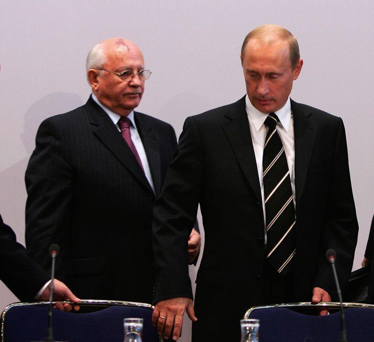 С Владимир Путин