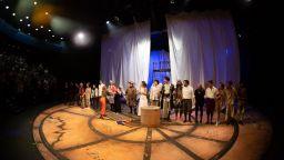 """Бурни овации и пълна зала на премиерата на """"Островът на съкровищата"""""""