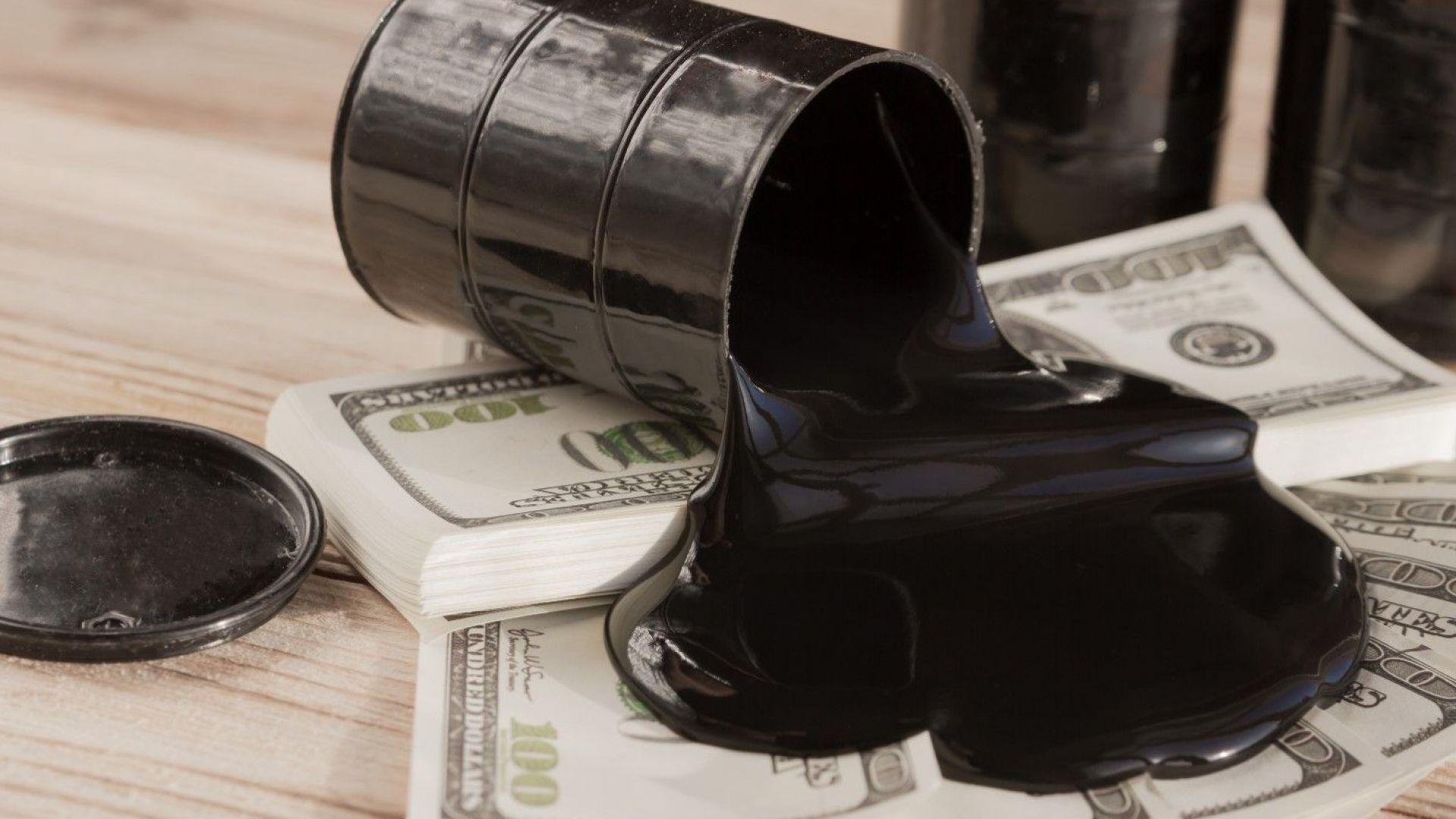 Брентът поевтиня под $24 за барел, а US суров петрол поскъпна след историческия спад