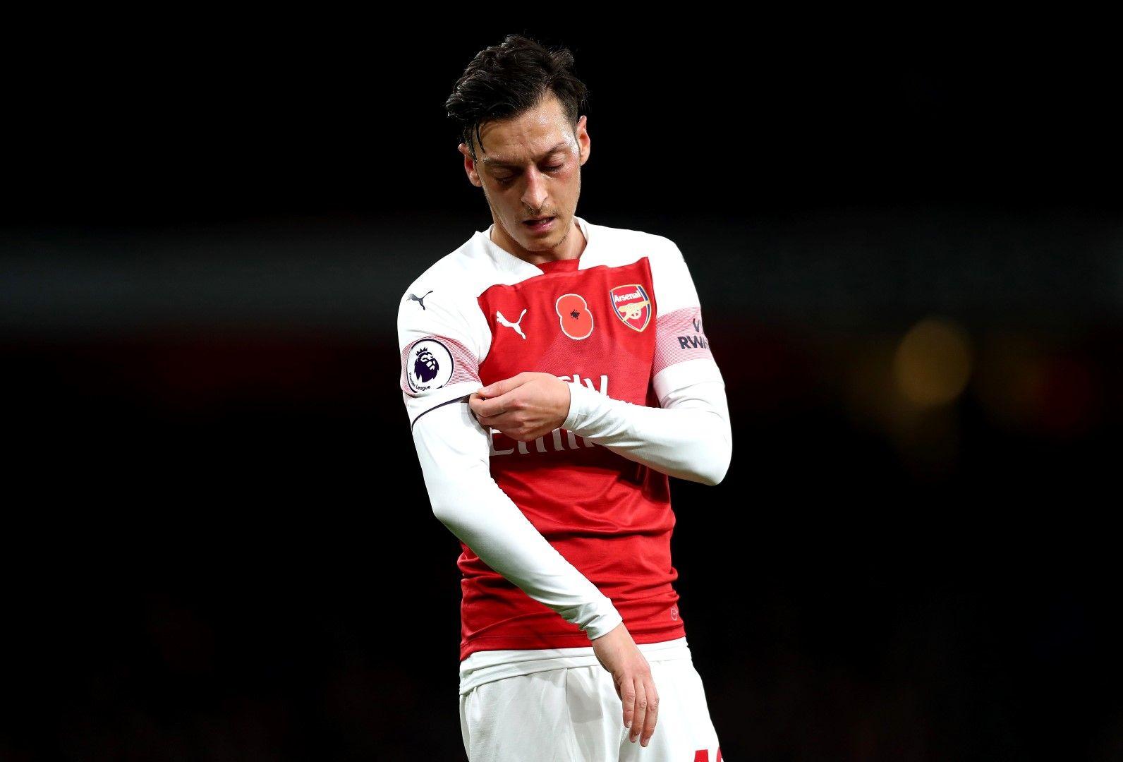 Месут Йозил - напускането на Арсенал е неизбежно и може да стане още през този месец. Изглежда, че бившият германски национал ще заиграе във Фенербахче. Въпросът е само кога